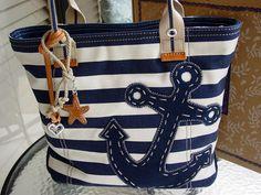 hermosa bolsa de mujer con estilo de nautico. #modanautica
