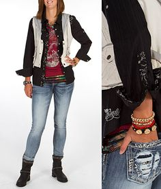 LOVE THIS WINEY COLOR RED WITH BLACK AND FADED JEANS   LOVE LOVE 'Nailed It' #buckle #fashion www.buckle.com