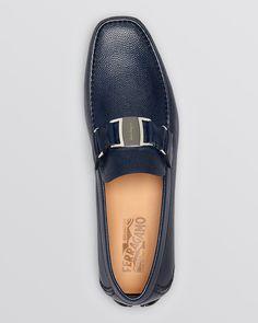 Salvatore Ferragamo Sardegna Pebbled Leather Driving Loafers