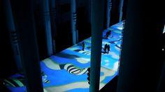 Un film de Claude Mossessian © Claude Mossessian  Miguel CHEVALIER Tapis Magiques 2014 Installation de réalité virtuelle générative et interactive Musique : Michel Redolfi  Journées du Patrimoine de Casablanca Avec l'Institut français de Casablanca  Logiciel : Cyrille Henry / Antoine Villeret 50 x 10 m / 164.04 x 32.81 ft  Eglise du Sacré Coeur - Casablanca (Maroc)  Tapis Magiques revisite la tradition de l'art islamique, notamment de la mosaïque et des tapis. Un méga tapis ...