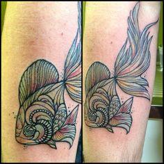 #goldfish at @primordialpaintattoomilano #primordialpain @robertoborsi #tattoo