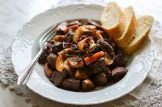 S vášní pro jídlo: Krůtí játra na jablkách a bílém víně Pot Roast, Beef, Cooking, Ethnic Recipes, Food, Carne Asada, Meat, Kitchen, Roast Beef