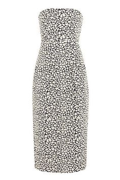 10 Cocktail Dresses Every New Yorker Needs #refinery29  http://www.refinery29.com/cocktail-party-dresses#slide7