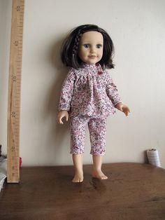 Pyjama deux pièces en coton à fleurs-poupée 45 cm