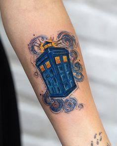 Doctor who 482237072599842562 Tattoos Skull, Body Art Tattoos, New Tattoos, Sleeve Tattoos, Cool Tattoos, Tatoos, Movie Tattoos, Dr Who Tattoo, Doctor Who Tattoos