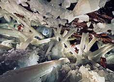 giant crystal caves, mexico