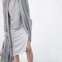 All Grey Everything. Cardigan by @coisa.nl #tbt #sustainable #greyongrey #layering #textures #coisa #linesmanner