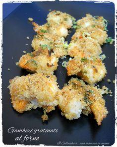 I gamberi gratinati al forno hanno una panatura saporita e croccante che li rende irresistibili. Un secondo piatto semplice, leggero e gustoso.