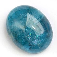 Aquamarine by Julie Thomas As the autumn leaves begin to glow in a glorious array of rich gold's and red's, it's a wonderful time to release those old hurts and past mistakes. click the image to read Crystals And Gemstones, Stones And Crystals, Hue Color, Aquamarine Stone, Mineral Stone, Blue Aesthetic, Gems And Minerals, Human Figures, Minerals
