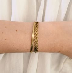 Løv fiskebensarmbånd by Glemmegei Messing, Bracelets, Gold, Jewelry, Jewlery, Jewerly, Schmuck, Jewels, Jewelery