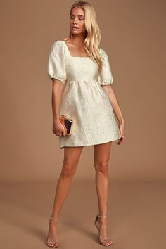 The Lulus Dreamers Wish Cream Square Neck Puff Sleeve Babydoll Dress makes a night out a little more exciting! Short puff sleeve mini dress with a cutout back. Elegant Dresses, Pretty Dresses, Casual Dresses, Dresses For Work, Summer Dresses, Sexy Dresses, Formal Dresses, Wedding Dresses, Boho Fashion