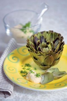 Latva-artisokka ja kuohkea sitruunakastike   Maku