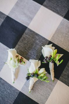 simple #white rose #boutonnieres |  Photography by www.jasminestar.com, Event Design by http://sugarcomb.com, Florals by http://sugarcomb.com  View Full Gallery: http://www.stylemepretty.com/gallery/gallery//