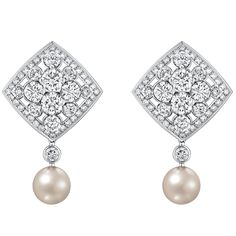 """""""Signature De Perles"""" #Earrings from #SignatureDeChanel - #Chanel - #FineJewelry collection in 18K white gold set with 160 #BrilliantCut - #Diamonds (total weight 7.9 cts) and 2 Japanese cultured #Pearls - January 2016"""