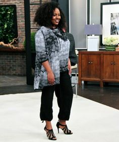 Toni Plus model Bree in Sulu linen gauze outfit on Steven & Chris, Spring 2014, plus-size