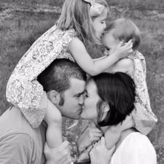A heart of love. Cassidy Adkins photography. family-pictures