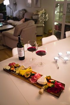 Wine Recipes, Cooking Recipes, Healthy Recipes, Think Food, Love Food, Party Food Platters, Romantic Dinners, Romantic Dinner Setting, Romantic Breakfast