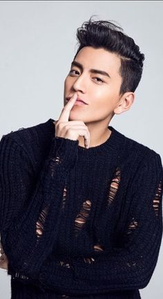 Darren Wang was born on 29 May He is a Taiwanese actor and model. Asian Actors, Korean Actors, Pretty Men, Beautiful Men, Darren Wang, F4 Boys Over Flowers, Christian Yu, Sungjae Btob, Chinese Movies