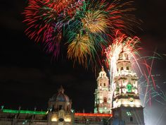 Ya vienen nuestras fiestas patrias y todo se viste de fiesta en #Michoacán para celebrar nuestra independencia a lo grande. El mejor lugar para vivir este 15 de Septiembre es sin duda el país de la monarca.