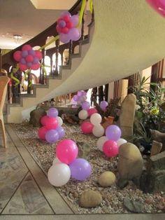 Decoración de comuniones en casa: Fotos de ideas - Decoración casera con globos para comuniones