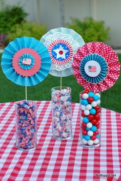 patriotic table decor and treats | NoBiggie.net