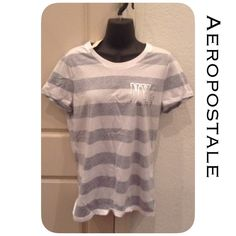 🆕Aero Top Relaxed fit, length 26 inches, 60% cotton, 40% polyester, machine was/dry. Smoke and pet free home. All product is sealed in plastic💙. I'm sorry but I don't trade or try on clothes. Bin300-24 Aeropostale Tops Tees - Short Sleeve