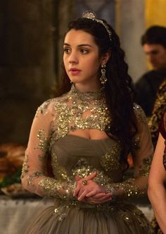 Adelaide Kane as Mary, Queen of Scots in Reign (TV Series, 2013).