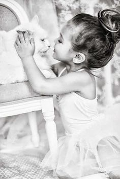Image uploaded by Not Only Photos. Find images and videos about cute, black and white and cat on We Heart It - the app to get lost in what you love. Precious Children, Beautiful Children, Beautiful Babies, Little People, Little Ones, Cute Kids, Cute Babies, Foto Picture, Kind Photo