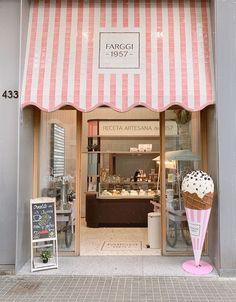 Bakery Decor, Bakery Interior, Restaurant Interior Design, Shop Interior Design, Cupcake Shop Interior, Cake Shop Design, Bakery Design, Cafe Design, Store Design