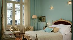 Rooneys Boutique Hotel Buenos Aires The Rooneys Boutique Hotel invites you to enjoy a warm environment with classic décor only a few blocks from the Obelisk, which is Buenos Aires' postcard.