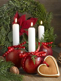 Leading Illustration & Publishing Agency based in London, New York & Marbella. Happy Christmas Day, Country Christmas, Christmas Pictures, Red Christmas, Christmas Themes, Christmas Wreaths, Christmas Crafts, Christmas Decorations, Christmas Ornaments