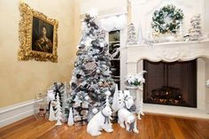 ] Inspiring Indoor Rustic Christmas Decoration Ideas Bell 40 Opulent Ideas For Christmas Tree Decorations Elle Decor Stunning Christmas Tree Ideas For 2018 Best Christmas Tree Best Christmas Tree Decorations, Elegant Christmas Trees, Christmas Tree Design, Rustic Christmas, Holiday Decor, Christmas Ideas, White Christmas, Jewish Christmas, Plaid Christmas