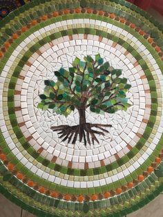 Mosaic Mandala Tree of Life 80 op Mosaic Crafts, Mosaic Projects, Stained Glass Projects, Mosaic Artwork, Mosaic Wall, Mosaic Glass, Mosaic Birdbath, Mosaic Garden Art, Mosaic Designs