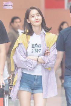 Taeyeon Jessica, Im Yoon Ah, Yoona Snsd, Girls Generation, Korean Singer, Kpop Girls, Bell Sleeve Top, Female, Womens Fashion