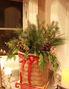 ...Burlap, a bow & greenery!  What a cute idea!