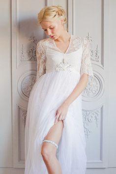 Tendance Robe du mariée 2017/2018  Romantic wedding dress  handmade garter