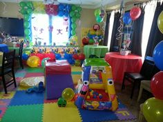 Sesame street party Elmo Birthday, First Birthday Parties, First Birthdays, Elmo Sesame Street, Sesame Street Birthday, Party Themes, Party Ideas, Elmo Party, 1st Year