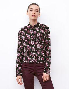 chemise courte fleuri noir et rose