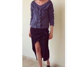 Свитер/sweater 8 937 рублей/rub . Юбка/skirt 6 500 рублей/rub . Доставка курьером по Москве бесплатная , при отказе 350 рублей . WhatsApp +79161737406 #department_t #skirt #sweater