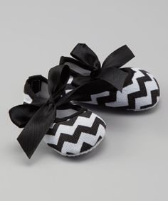 Black Zigzag Crib Shoes