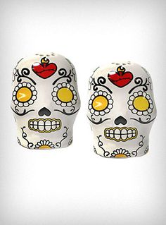 Sugar Skull Salt & Pepper Shakers - Skulls to season your foodz with.