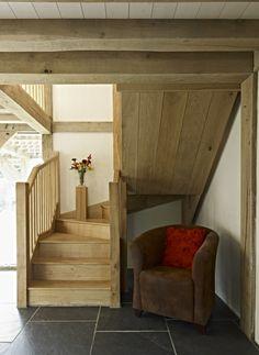 Oak framed house and stairs - Castle Ring Oak Frame