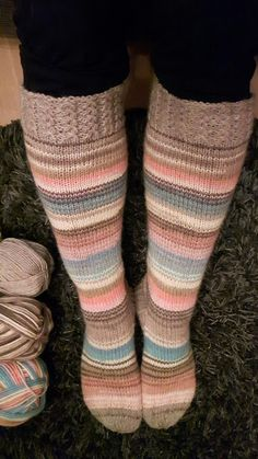 Knitting Socks, Leg Warmers, Mittens, Knit Crochet, Diy And Crafts, Pattern, Knits, Crafting, Type