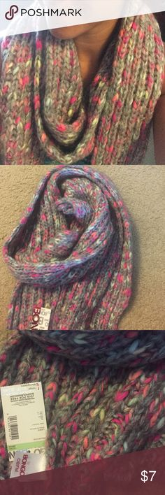 NWT cozy heavy knit grey scarf! Grey knit scarf with multi neon colored threads. This scarf is so cozy and comfortable. Could be a great gift too as the tags are still on and it's never been worn except to model for the photo! BONGO Accessories Scarves & Wraps