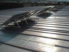 Vista trasera de los paneles solares