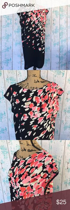 Ann Taylor LOFT size large printed shift dress Ann Taylor LOFT size large printed shift dress. Perfect for spring/summer work or fun. LOFT Dresses