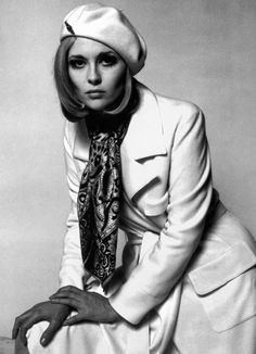Bonnie and Clyde (1967) - Faye Dunaway as Bonnie Parker, directed by Arthur Penn, photo by Jerry Schatzberg