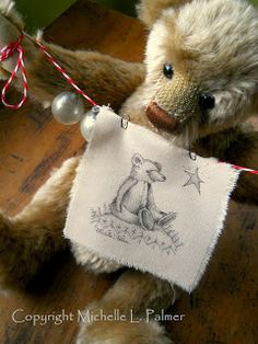 Michelle Palmer Christmas teddy bear Old Teddy Bears, Vintage Teddy Bears, Bear Clipart, Love Bears All Things, Christmas Teddy Bear, Bear Decor, Fuzzy Wuzzy, Fabric Painting, My Childhood