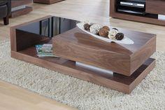 Itaniaans design gecombineerd met functionaliteit straalt deze salontafel pure elegantie uit. Newtown biedt je veel opbergruimte dankzij het onderblad en de lade. Zo kun je je spullen netjes wegruimen en tijdschriften een sierlijke plek geven.
