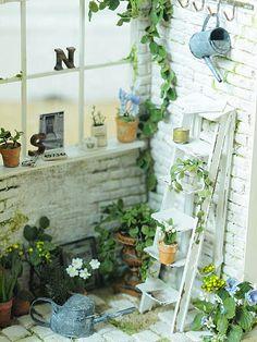 -Miniatur * Naturel Cafe 外 外 観 - Garten & Balkon ♡ Wohnklamotte Miniature Greenhouse, Miniature Plants, Miniature Rooms, Miniature Houses, Miniature Furniture, Doll Furniture, Dollhouse Furniture, Café Exterior, Mini Plants